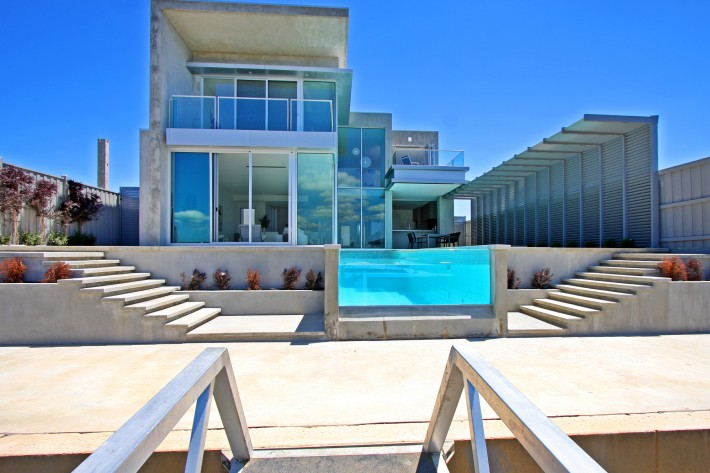 amazing-beach-house-designs-img-over-majestic-dream-house